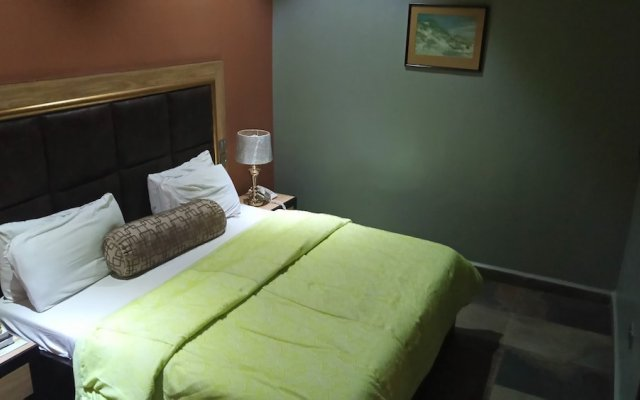 Отель Hard Break Hotel and Suite Нигерия, Энугу - отзывы, цены и фото номеров - забронировать отель Hard Break Hotel and Suite онлайн комната для гостей