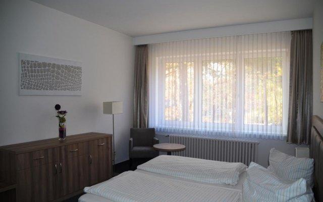 Отель Gästehaus Pauline Германия, Берлин - отзывы, цены и фото номеров - забронировать отель Gästehaus Pauline онлайн комната для гостей