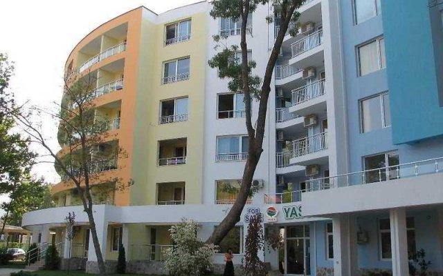 Отель Yassen Apartments Болгария, Солнечный берег - отзывы, цены и фото номеров - забронировать отель Yassen Apartments онлайн вид на фасад