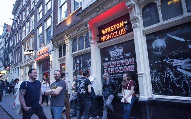 Отель St. Christopher's at The Winston Нидерланды, Амстердам - 1 отзыв об отеле, цены и фото номеров - забронировать отель St. Christopher's at The Winston онлайн вид на фасад