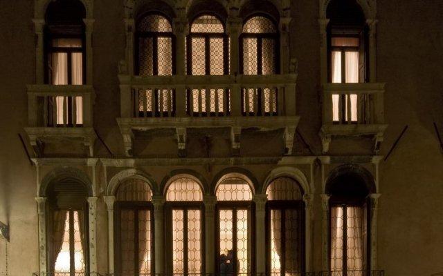 Отель Ca Bragadin e Carabba Италия, Венеция - 10 отзывов об отеле, цены и фото номеров - забронировать отель Ca Bragadin e Carabba онлайн вид на фасад