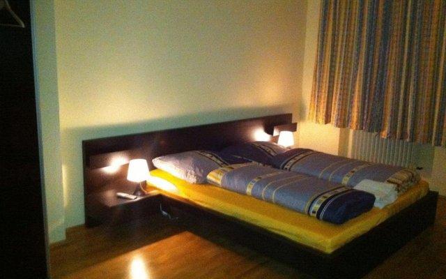 Отель Appartment München Isartor Мюнхен комната для гостей