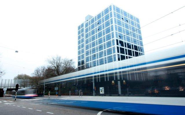 Отель XO Hotels Couture Amsterdam вид на фасад