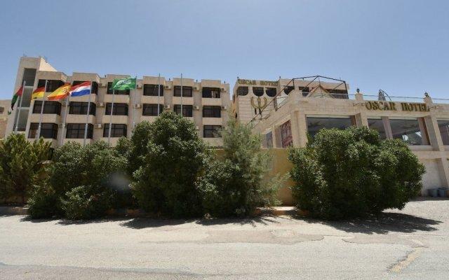 Отель Oscar Hotel Petra Иордания, Вади-Муса - отзывы, цены и фото номеров - забронировать отель Oscar Hotel Petra онлайн вид на фасад