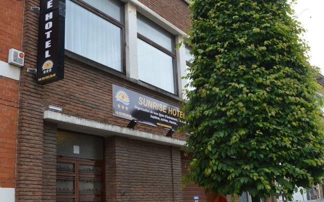 Отель Sun Rise Hotel Бельгия, Брюссель - отзывы, цены и фото номеров - забронировать отель Sun Rise Hotel онлайн вид на фасад