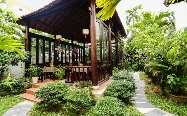 Отель Hoi An Holiday Villa вид на фасад