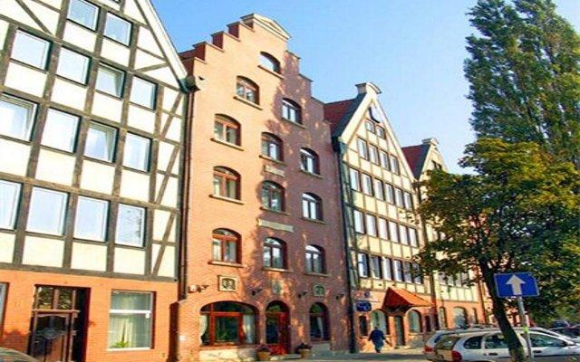 Отель Willa Biala Lilia Польша, Гданьск - 4 отзыва об отеле, цены и фото номеров - забронировать отель Willa Biala Lilia онлайн вид на фасад