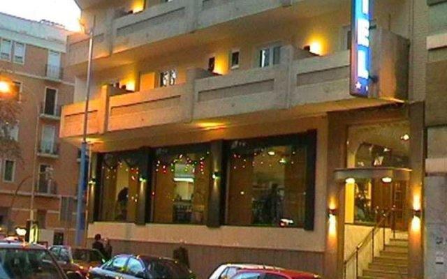 Отель VERNISA Хатива вид на фасад
