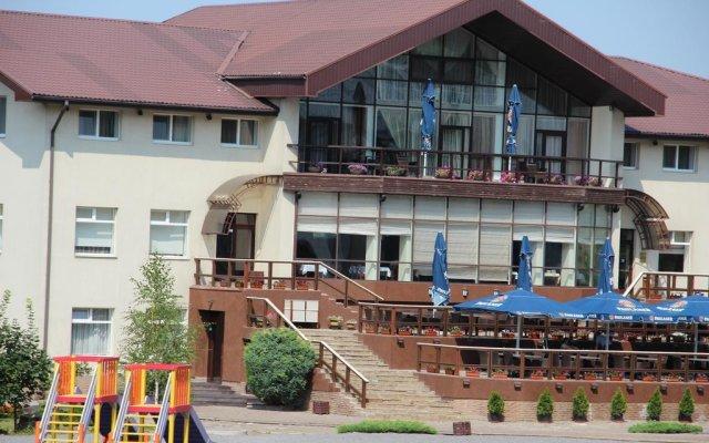 Гостиница Лавина Отель Украина, Днепр - отзывы, цены и фото номеров - забронировать гостиницу Лавина Отель онлайн вид на фасад