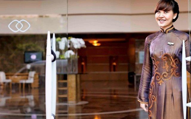 Отель Sofitel Saigon Plaza Вьетнам, Хошимин - отзывы, цены и фото номеров - забронировать отель Sofitel Saigon Plaza онлайн вид на фасад