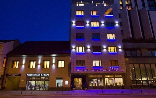 Отель Danubia Gate Словакия, Братислава - 2 отзыва об отеле, цены и фото номеров - забронировать отель Danubia Gate онлайн вид на фасад