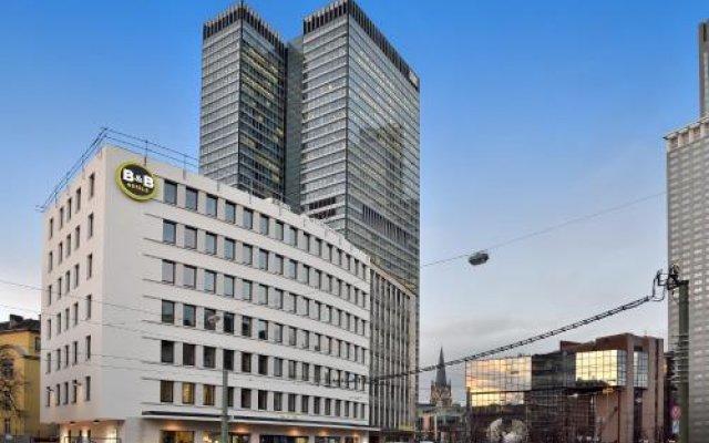 B&B Hotel Frankfurt-Hbf вид на фасад
