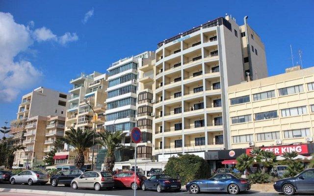 Отель Sliema Marina Hotel Мальта, Слима - отзывы, цены и фото номеров - забронировать отель Sliema Marina Hotel онлайн вид на фасад