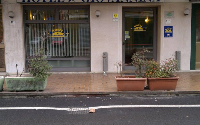Hotel Giovannina вид на фасад