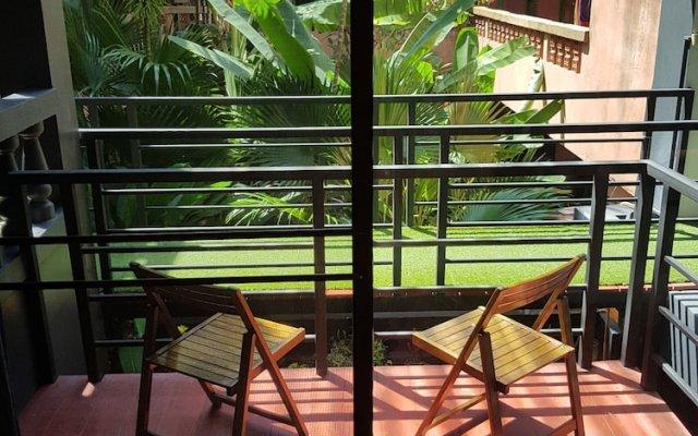 Отель Hi Karon Beach