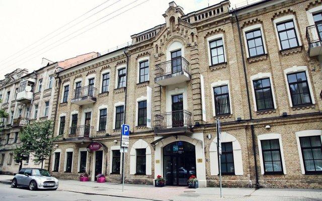 Отель City Hotels Algirdas Литва, Вильнюс - 6 отзывов об отеле, цены и фото номеров - забронировать отель City Hotels Algirdas онлайн вид на фасад