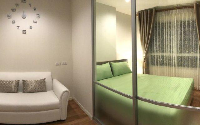 Отель Room Dee Dee (Petchakasem98) комната для гостей