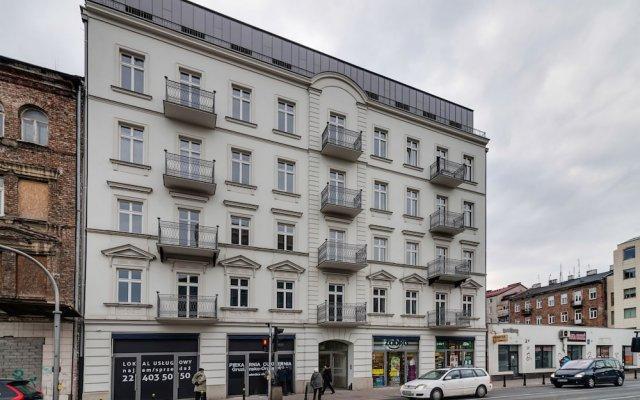 Отель Old Praga Metro Studio Польша, Варшава - отзывы, цены и фото номеров - забронировать отель Old Praga Metro Studio онлайн вид на фасад