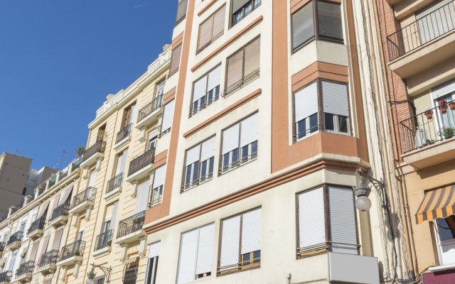 Отель Central Station Valencia Валенсия вид на фасад