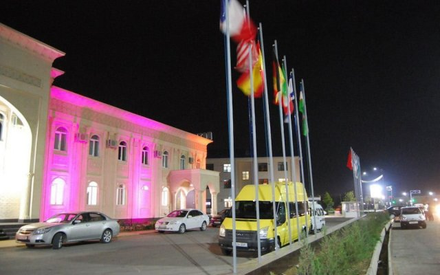 Hotel Kesh Palace