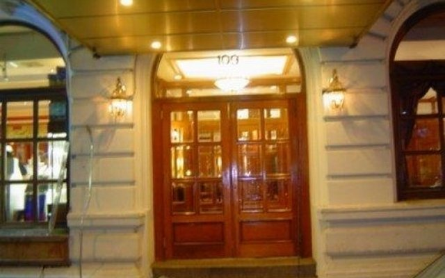 Отель St. James США, Нью-Йорк - 1 отзыв об отеле, цены и фото номеров - забронировать отель St. James онлайн вид на фасад