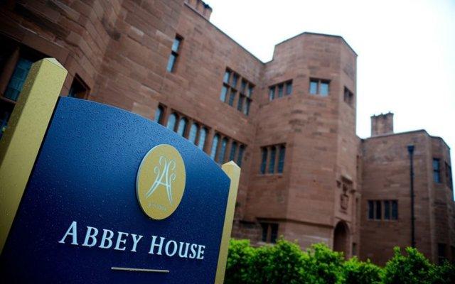 Abbey House Hotel вид на фасад