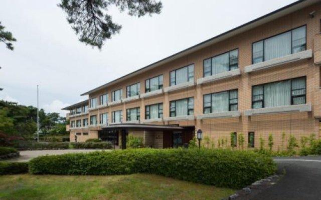 Отель Biwa Lake Otsuka Отсу вид на фасад