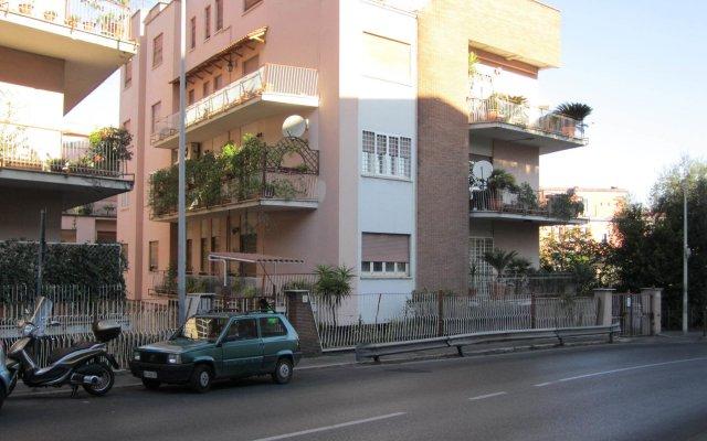 Отель Le Cupole вид на фасад