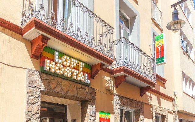 Отель Хостел Loft Apartments Испания, Льорет-де-Мар - отзывы, цены и фото номеров - забронировать отель Хостел Loft Apartments онлайн вид на фасад