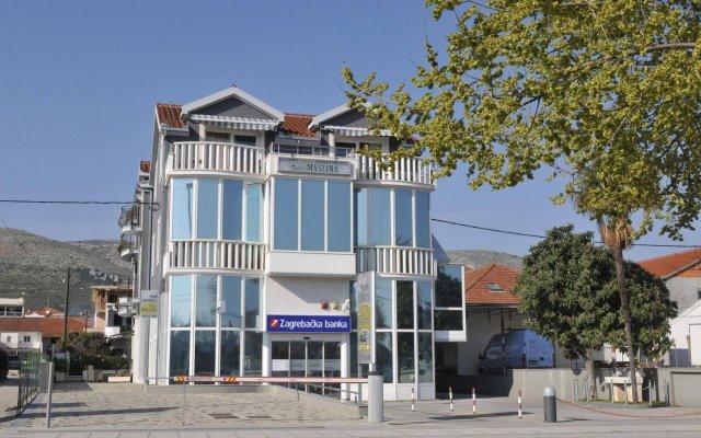 Apartments & Rooms Villa Maslina