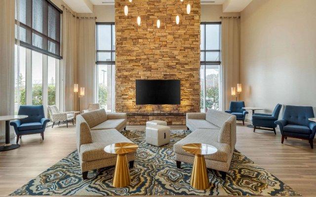 Отель Cambria Hotel Akron - Canton Airport США, Юнионтаун - отзывы, цены и фото номеров - забронировать отель Cambria Hotel Akron - Canton Airport онлайн комната для гостей
