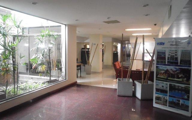 Hotel Adrazi 0