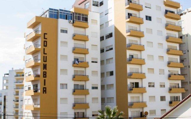 Отель Columbia Apartamentos Turisticos Портимао вид на фасад