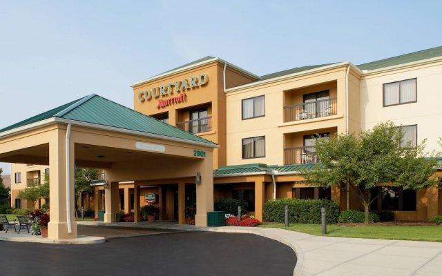Отель Courtyard Columbus Airport США, Колумбус - отзывы, цены и фото номеров - забронировать отель Courtyard Columbus Airport онлайн вид на фасад