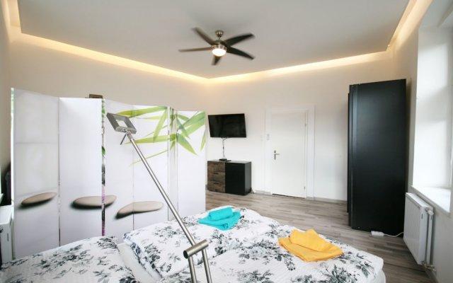 Отель Vienna CityApartments-Luxury Apartment 2 Австрия, Вена - отзывы, цены и фото номеров - забронировать отель Vienna CityApartments-Luxury Apartment 2 онлайн комната для гостей