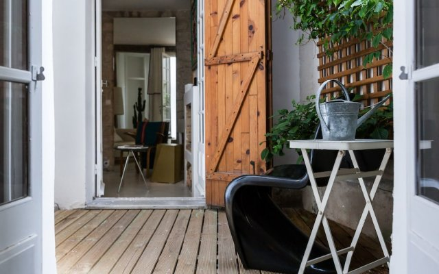 Отель onefinestay - Montmartre-South Pigalle private homes вид на фасад