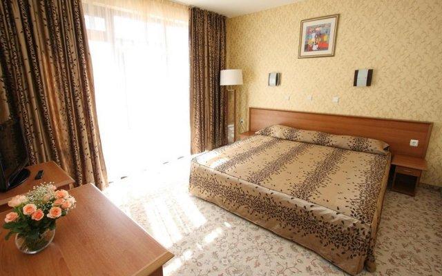 Отель Izola Paradise - All Inclusive Солнечный берег комната для гостей