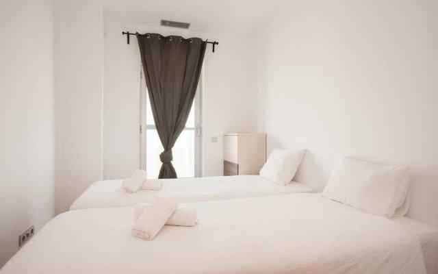 Отель Akira Flats Fira Gran Via Barcelona Оспиталет-де-Льобрегат вид на фасад