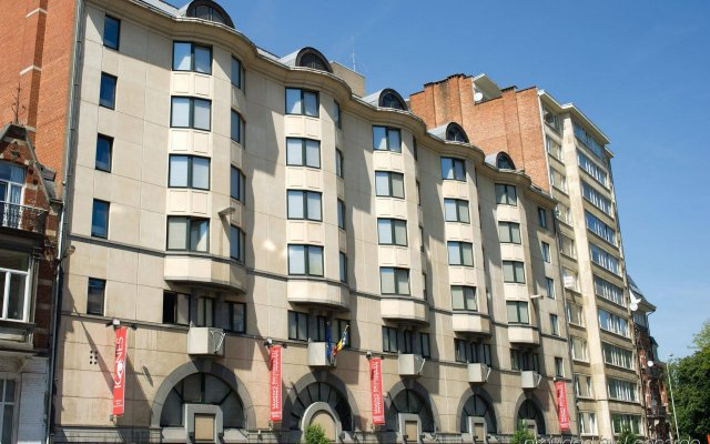 Отель Martin's Brussels EU Бельгия, Брюссель - 2 отзыва об отеле, цены и фото номеров - забронировать отель Martin's Brussels EU онлайн вид на фасад