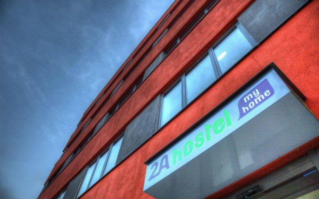 Отель 2A Hostel Германия, Берлин - 2 отзыва об отеле, цены и фото номеров - забронировать отель 2A Hostel онлайн вид на фасад