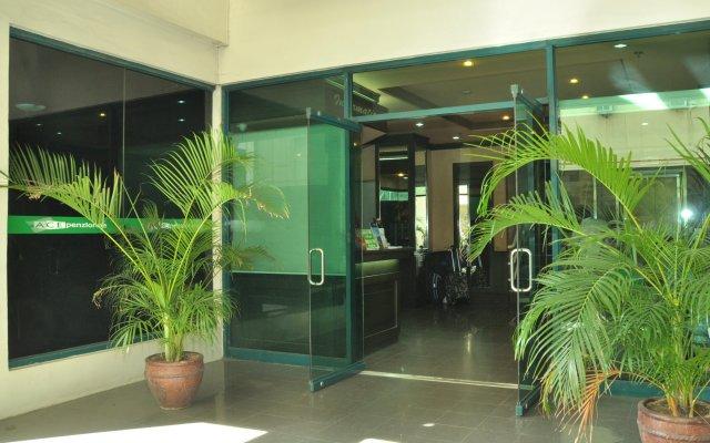 Отель Ace Penzionne Филиппины, Лапу-Лапу - отзывы, цены и фото номеров - забронировать отель Ace Penzionne онлайн вид на фасад