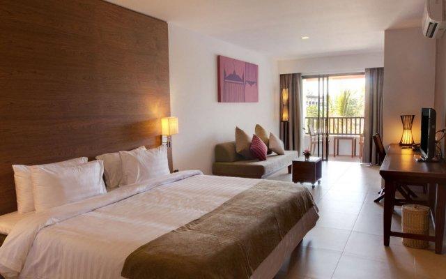 Отель Kamala Beach Resort a Sunprime Resort комната для гостей