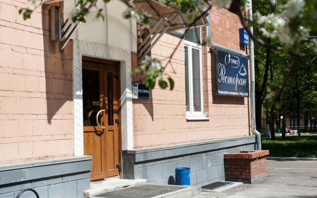 Гостиница Турист в Москве - забронировать гостиницу Турист, цены и фото номеров Москва вид на фасад