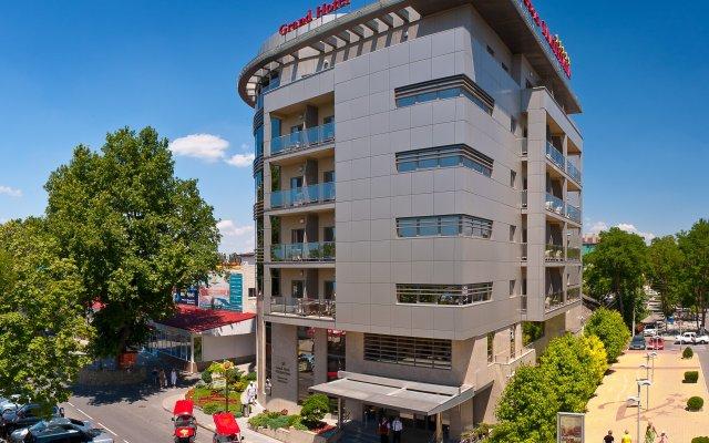 Гранд Отель Валентина вид на фасад