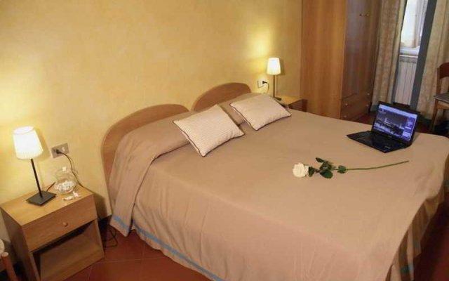Hotel Tourist House комната для гостей