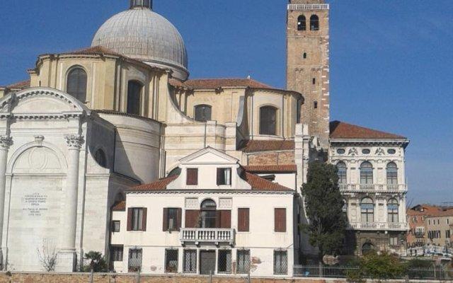 Отель LImbarcadero Италия, Венеция - отзывы, цены и фото номеров - забронировать отель LImbarcadero онлайн вид на фасад