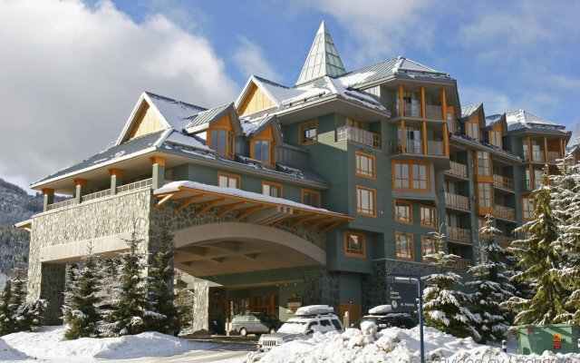 ResortQuest at Whistler Cascade Lodge