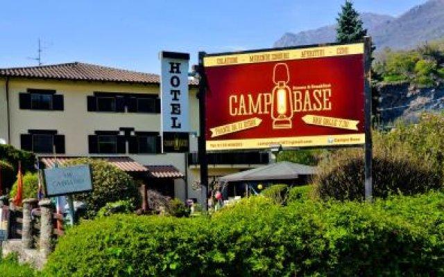 Отель Campo Base Монжове вид на фасад