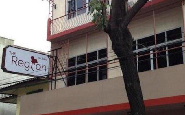Отель The Region Бангкок вид на фасад