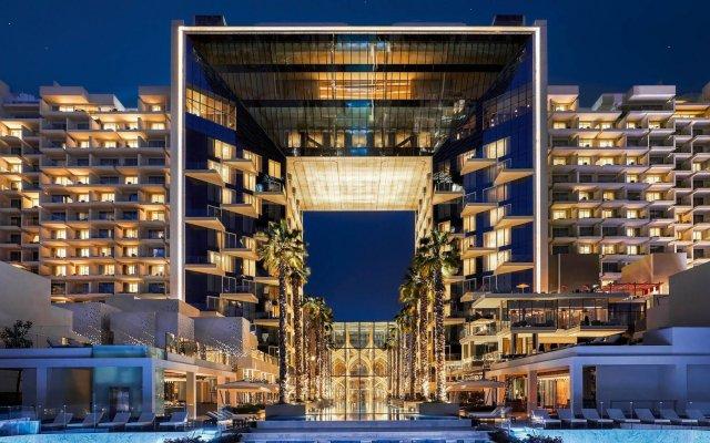 Отель Five Palm Jumeirah Dubai вид на фасад